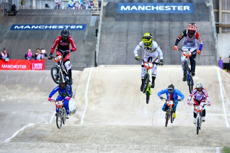 Caroline Buchanan leads the charge in the 2014 UCI BMX Supercross World Cup Manchester